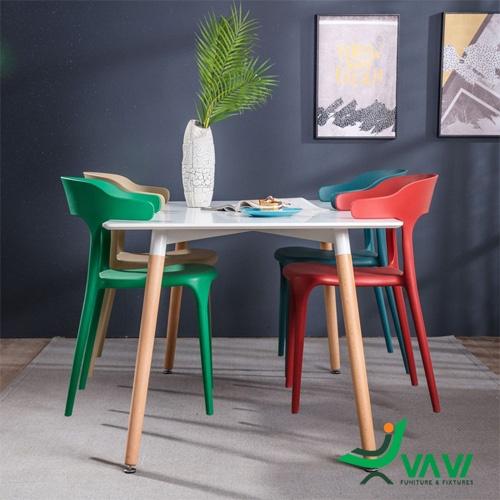 Bộ bàn ăn ghế nhựa đúc xếp chồng hiện đại