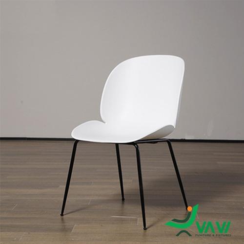 ghế cafe nhựa Beetle màu trắng