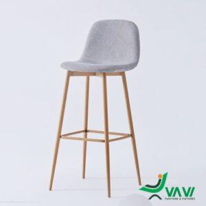 Ghế quầy bar bọc vải chân thép sơn giả gỗ