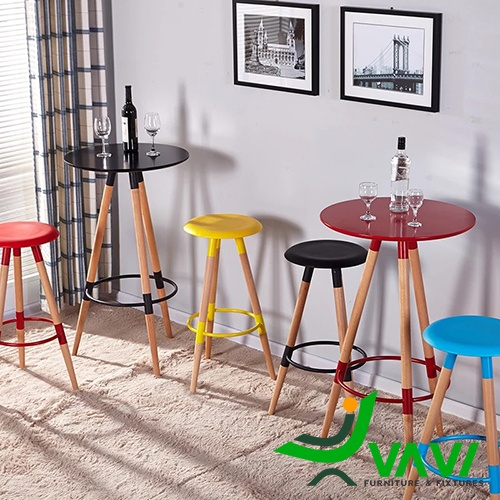 Ghế bar 3 chân gỗ mặt nhựa nhập khẩu hà nội đẹp