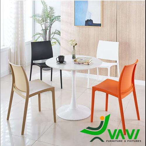 Bộ bàn Tulip 4 ghế nhựa đúc giá rẻ nhập khẩu hiện đại