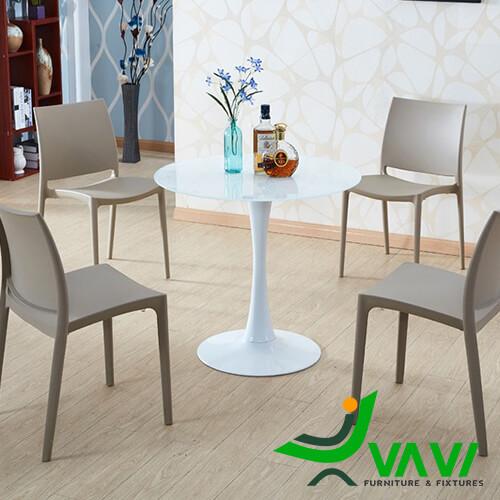 Bộ bàn Tulip 4 ghế nhựa đúc giá rẻ nhập khẩu Hà Nội