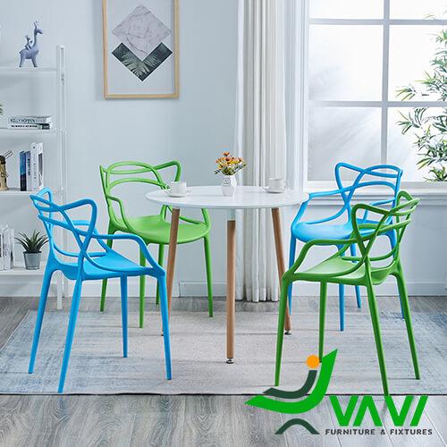 Bộ bàn tròn 4 ghế nhựa đúc giá rẻ độc đáo