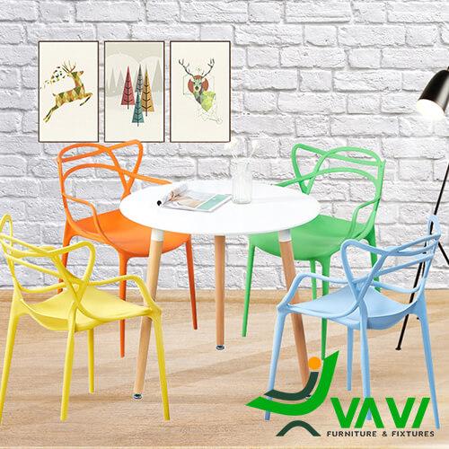 Bộ bàn tròn 4 ghế nhựa đúc giá rẻ nhiều màu