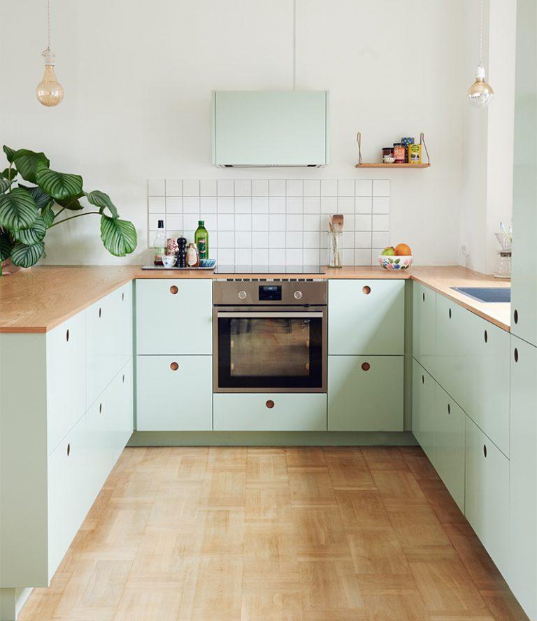 sử dụng màu nhẹ cho phòng bếp