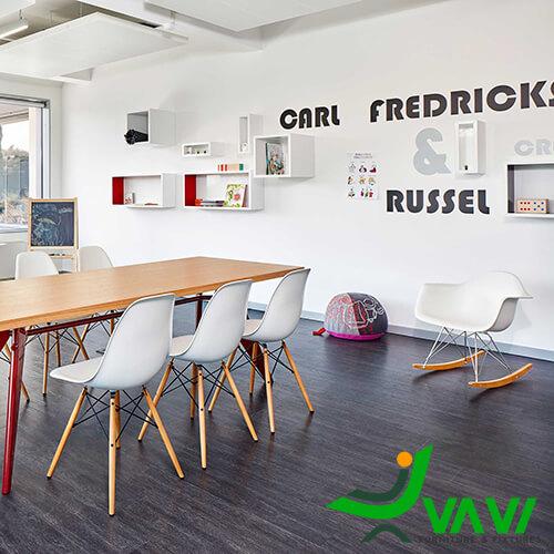 Ghế eames sử dụng trong văn phòng